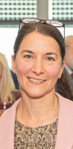 Dr Victoria Hands